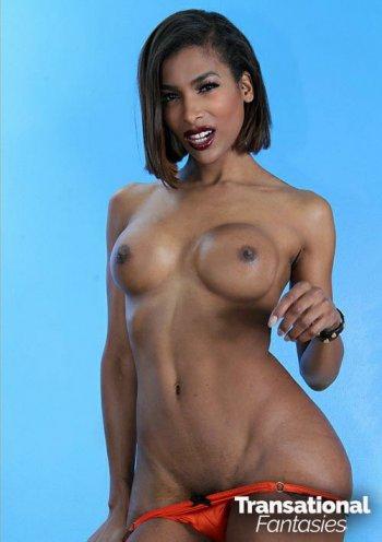 Natassia Dreams  Bodyshot
