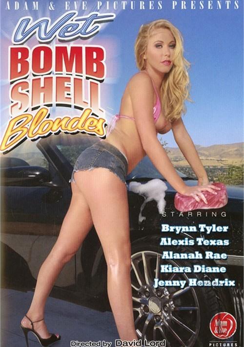 Wet Bombshell Blondes