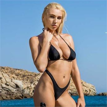 Kendra Sunderland ends her hiatus with Club VXN Vol. 3 from Vixen! - Read it now!